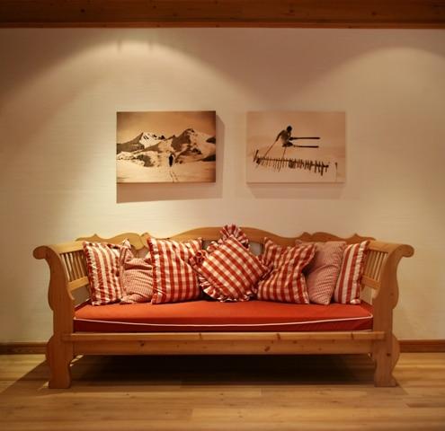 beratung f r bezugsstoffe von nasha ambrosch. Black Bedroom Furniture Sets. Home Design Ideas