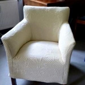 Sessel mit Sesselhusse im neuen Glanz 2