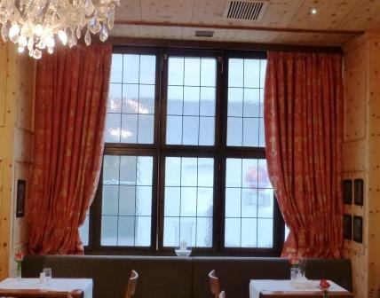 Rubelli-Edle-Dekostoff-Cangrande-Vorhang