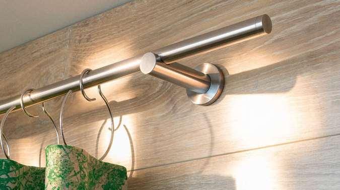 Vorhangstange Aufhängen vorhangschienen und vorhangstangen nasha ambrosch