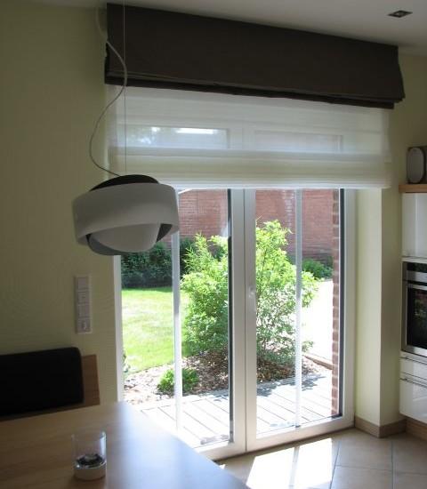 Moderne Raffrollos Wohnzimmer ~ Kreative Bilder für zu Hause ...