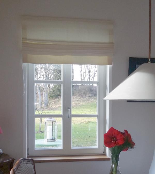 Moderne Raffrollos Wohnzimmer ~ Kreative Bilder Für Zu Hause