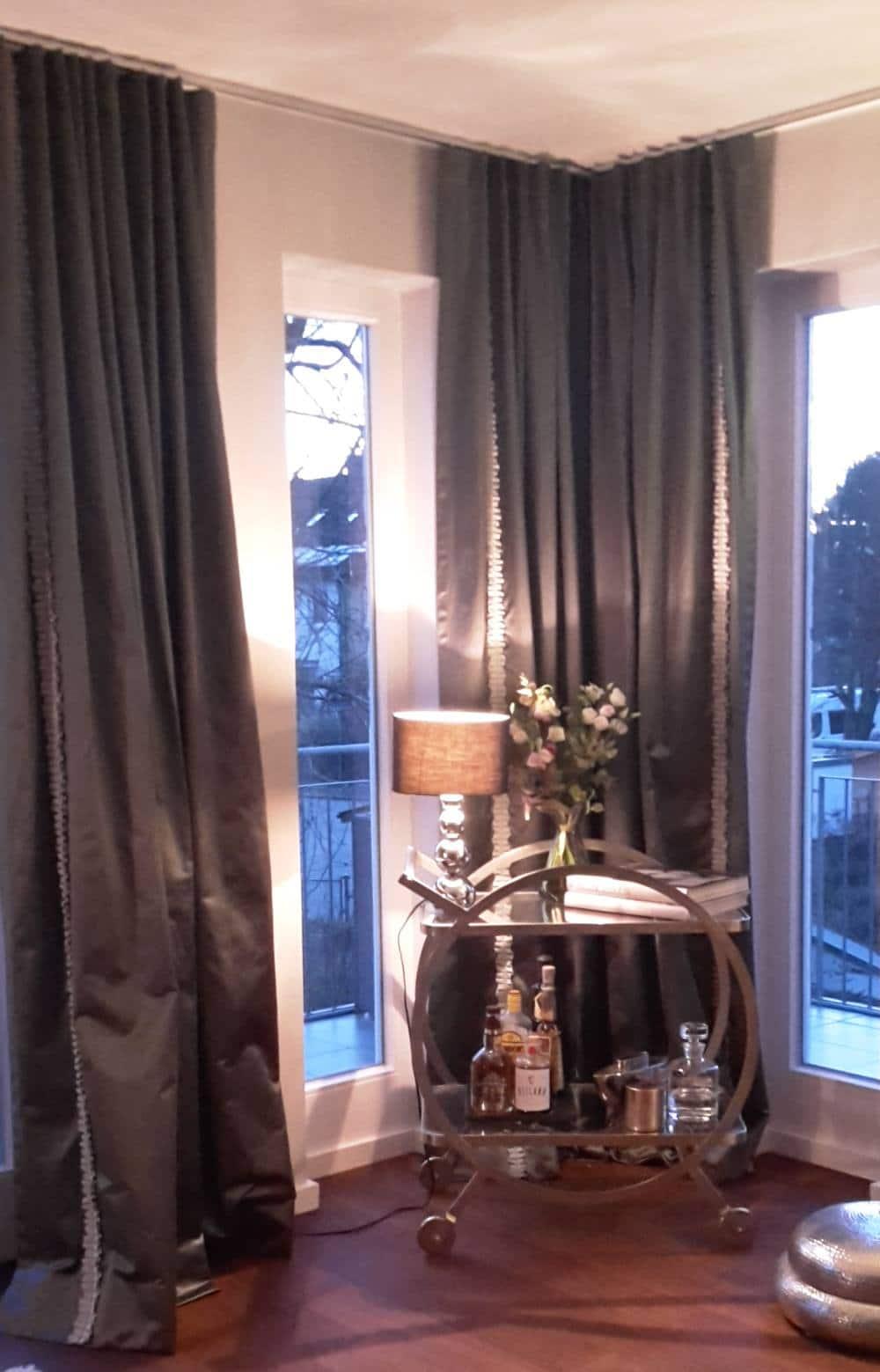 hochwertige vorh nge von nasha ambrosch. Black Bedroom Furniture Sets. Home Design Ideas