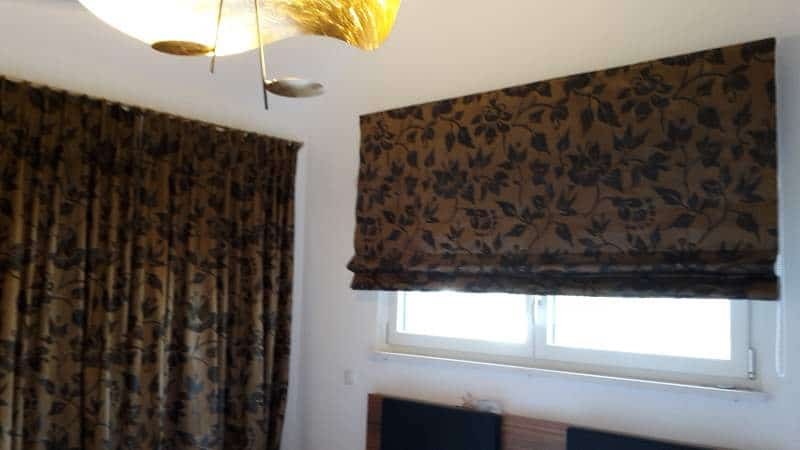 Vorhänge in Haus machen gute Stimmung und gutes Klima