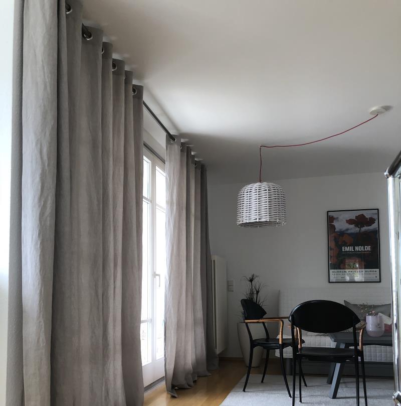 ösenschals Auf Moderner Gardinenstange Veredelt Ihr Fenster