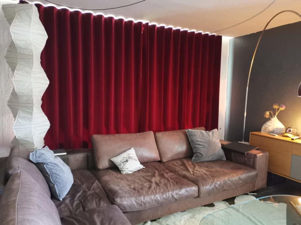 Exklusive Vorhänge aus rotem Samt - 5