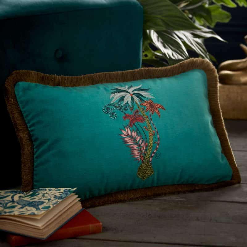 Clarke Clarke Jungle Palms Rectangle Cushion grün M2050-02